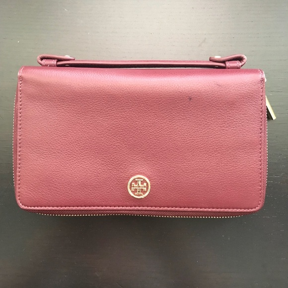 Tory Burch Handbags - Tory Burch Burgundy Clutch